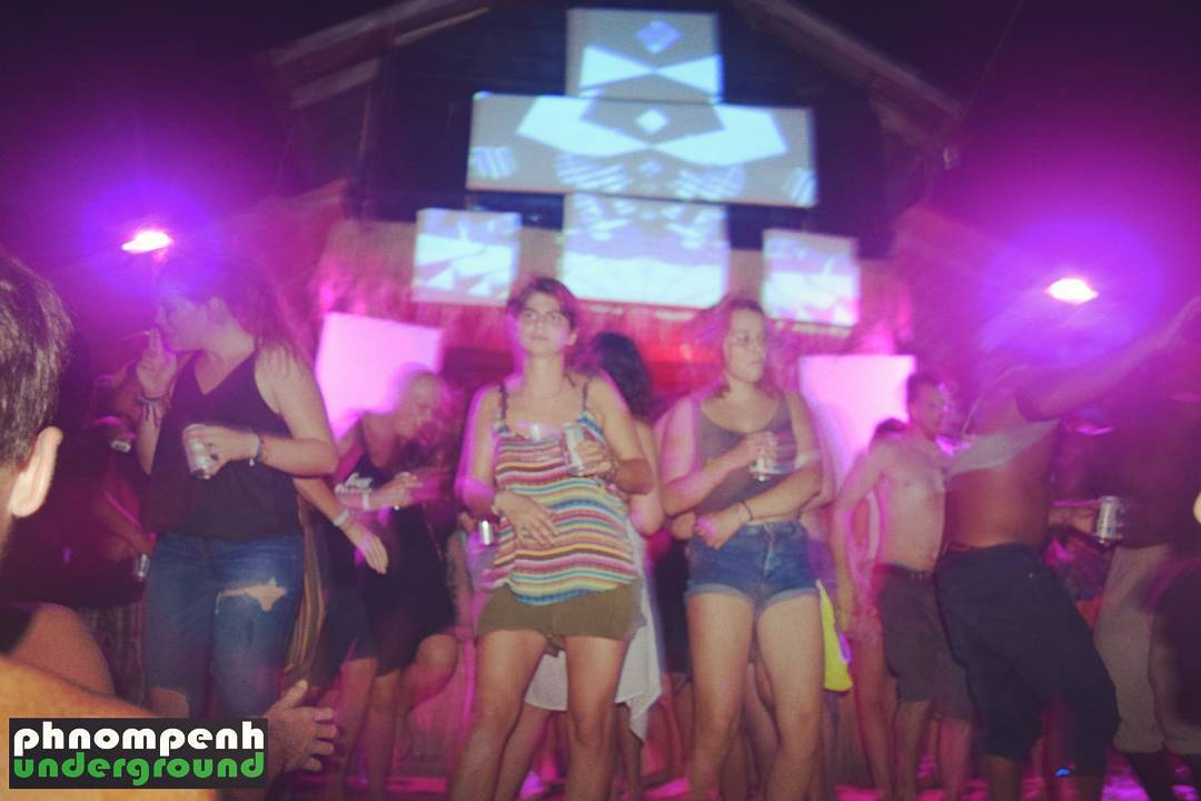 420 festival Koh Rong 042017 nothing beats dancing with sandhellip