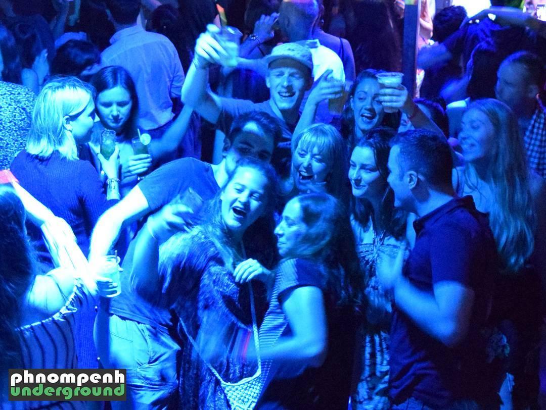 Phnom Penh Underground presents HighRise NYE 301216 selfie time!! phnompenhundergroundhellip